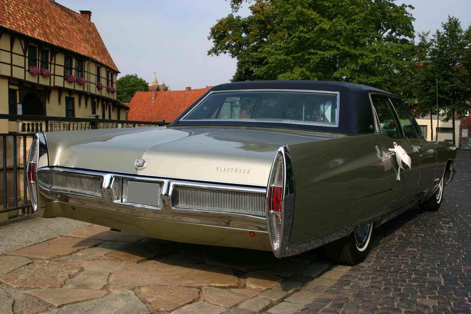 Cadillac Fleetwood 60_1