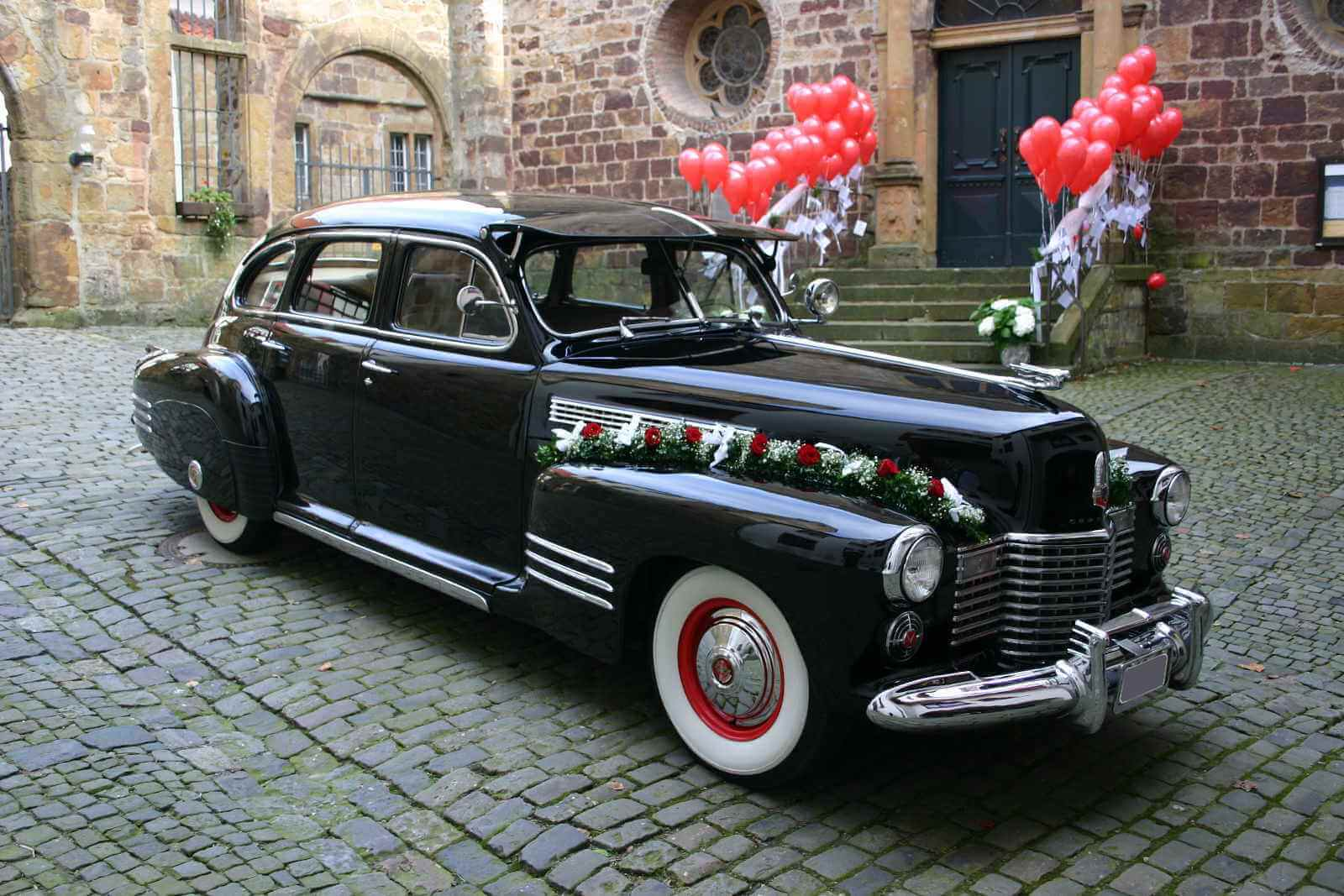 Cadillac Touring Sedan_9