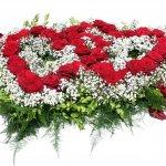 6.2 - 2 verflochtene Herzen mit Rosen und Frischgrün, € 139,-